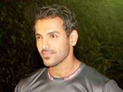 Hunky John kickstarts Tour de India
