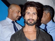 Shahid Kapoor throws impromptu party
