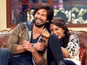 Shahid, Sonakshi delight all at Comedy Nights with Kapil