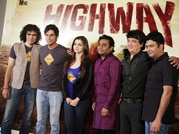 Alia Bhatt, Randeep Hooda take the Highway!