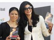 Sushmita unveils Mary Kom's autobiography
