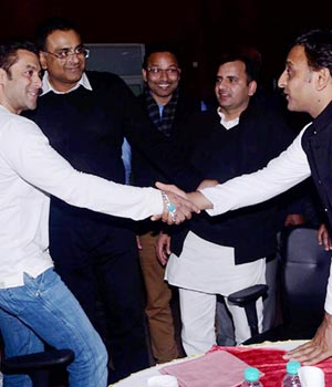 Salman Khan with UP CM Akhilesh Yadav
