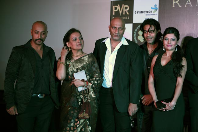 Cast of Kamasutra 3D