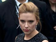 Scarlett hides baby bump cleverly at premiere of Captain America