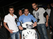 Check out Salman Khan's new ride at O Teri screening