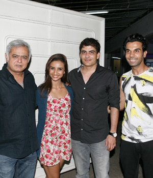 "Hansal Mehta's muse was spotted in a relaxed and casual at the screening of his upcoming movie ""Citylights"""