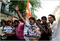West Bengal Youth Congress activists protest against EC.