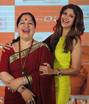 Shilpa Shetty with her mother