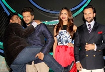 Humshakals arrive on Dance India Dance