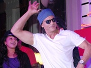 SRK celebrates Father's Day at Kidzania