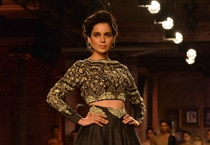 Kangana turns showstopper for Anju Modi at India Couture Week 2014