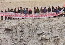 Chinese civilians oppose canal work in Ladakh