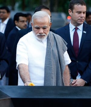 modi pays homage to 9/11 victims, 9/11 memorial, modi