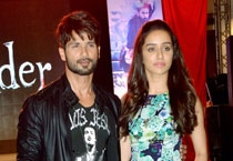 Haider stars Shahid, Shraddha launch remix version of Bismil