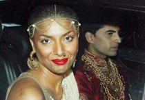 Salman Khan parties with Bigg Boss ex-contestants