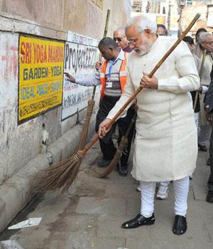 PM Modi at Assi Ghat in Varanasi