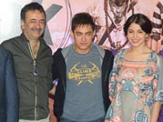 Aamir Khan and Anushka Sharma promote PK