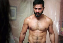 Badlapur first stills: Varun Dhawan turns bad boy for the revenge drama