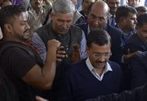Delhi Assembly begins, Kejriwal and other MLAs take oath