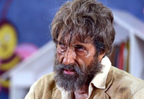 The Last Lear to Shamitabh: Big B's different looks in his recent films