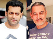 Salt and pepper look: Who looks better Akshay, Salman, Aamir or George Clooney?