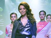 Gauri Khan adds oomph, hotness at LFW 2015 with debut creation for Satya Paul
