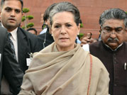 Sonia Gandhi leads protest march against Land Bill