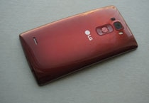 In Pics: Gorgeously curved LG G Flex 2, its specs and price