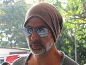 Celeb Spotting: Unrecognisable Arjun; Akshay, Virat at the airport