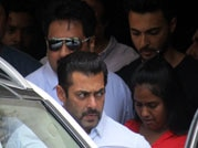 Pics: Salman Khan leaves for sessions court to furnish bail bond