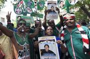 Celebration erupts as Jayalalithaa wins Tamil Nadu bypolls