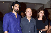 Salman to Vidya: B-Town stars watch Anupam Kher's play