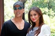 Celeb Spotting: Akshay Kumar, Amy Jackson, Lara Dutta bling-ify the capital