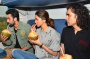 In Pics: Ex-lovers Deepika Padukone and Ranbir Kapoor teach you how to get the train journey right