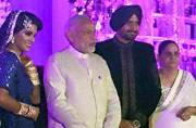 Inside Photos: Narendra Modi and Manmohan Singh together at Harbhajan Singh and Geeta Basra's reception