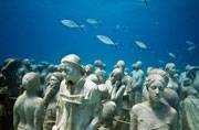 British artist Jason deCaires Taylor creates mesmerising underwater sculptures
