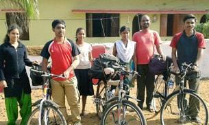 Pune students, Maharashtra youth