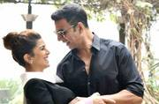 Airlift: Candid shots to selfies, Akshay-Nimrat