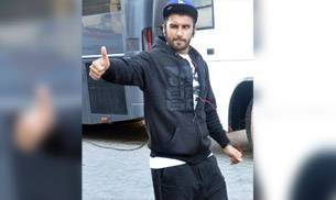 While Ranveer Singh was clicked at Mehboob studios, Kareena Kapoor Khan was spotted by the cameras outside Karan Johar's house. Not just Ranveer and Kareena, Bollywood celebs like Alia Bhatt and Sonam Kapoor were spotted at different locations of Mumbai.