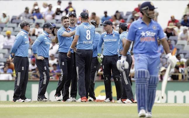 India vs Australia 2015,India in Australia 2014-15,ICC Cricket World Cup,Cartlon mid tri series,Dhoni Australia,Stuart Binny Australia,Rohit Sharma Australia,Virat Kohli Australia