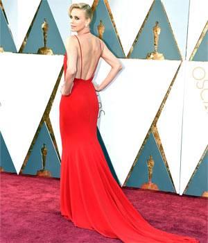 Charlize Theron, Saoirse Ronan