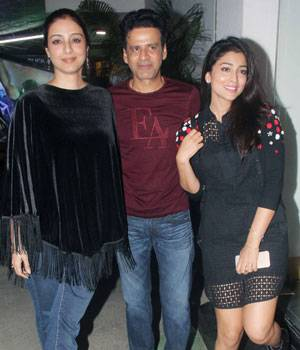 Manoj Bajpayee and Rajkummar Rao were joined by Bollywood celebrities for the screening of their upcoming film Aligarh. From Tabu to Shriya Saran to Anurag Kashyap, many made their way to cheer the team of Aligarh.