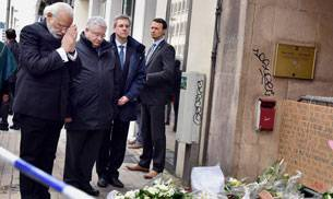 Prime Minister Narendra Modi paying homage to the victims killed in Brussels blasts