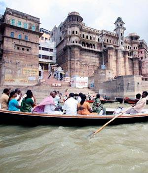 Varanasi is the oldest continually inhabited city in the world. The city is known for its ancient temples, beautiful ghats and the River Ganga. Among the Hindus, it is one of the holiest cities in the world.