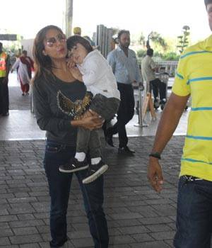 While AbRam was spotted with mother Gauri Khan at the airport, Karan Singh Grover and Bipasha Basu were spotted by the cameras outside a spa in Mumbai.