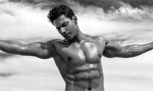 Varun Dhawan, who made his acting debut with Karan Johar's Student Of The Year in 2012, has turned 29 today (April 24). As he turns a year older today, here's a look at his jaw-droppingly hot pictures and some interesting facts about the Dilwale actor.