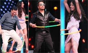 After doing the rounds of The Kapil Sharma Show and Comedy Nights Bachao, Housefull 3 team has reached Sa Re Ga Ma Pa to promote their upcoming comedy film. Check out the pictures.