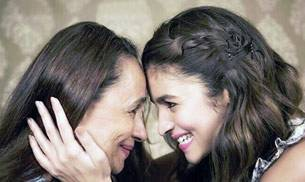 If Alia Bhatt and Sonakshi Sinha showered love on their moms on Mother's Day, actors Sidharth Malhotra and Jacqueline Fernandez began shooting for their upcoming film. Here's what B-Town was up to on Instagram this week.
