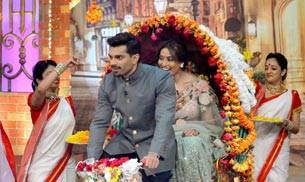 Newlyweds Bipasha Basu and Karan Singh Grover had a blast on the sets of The Kapil Sharma Show. Check out the pics.