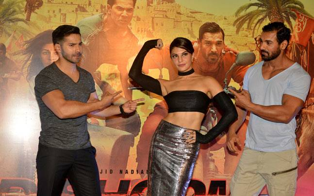 The trailer launch of Dishoom saw lead actors John Abraham, Varun Dhawan and Jacqueline Fernandez all flaunting their muscles. Yes, Jacqueline too!